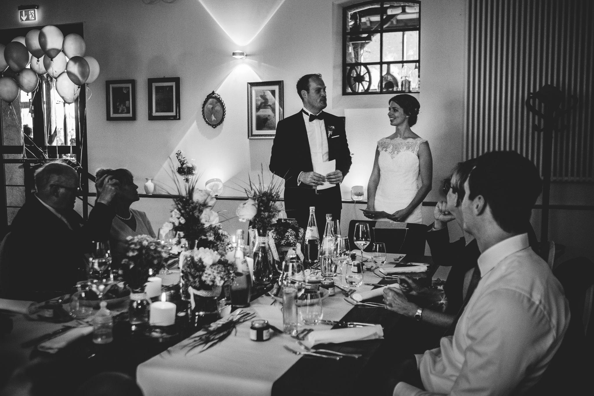 Hochzeit Burg Flamersheim Hochzeitsfotograf Koln 99 Authentic Stories