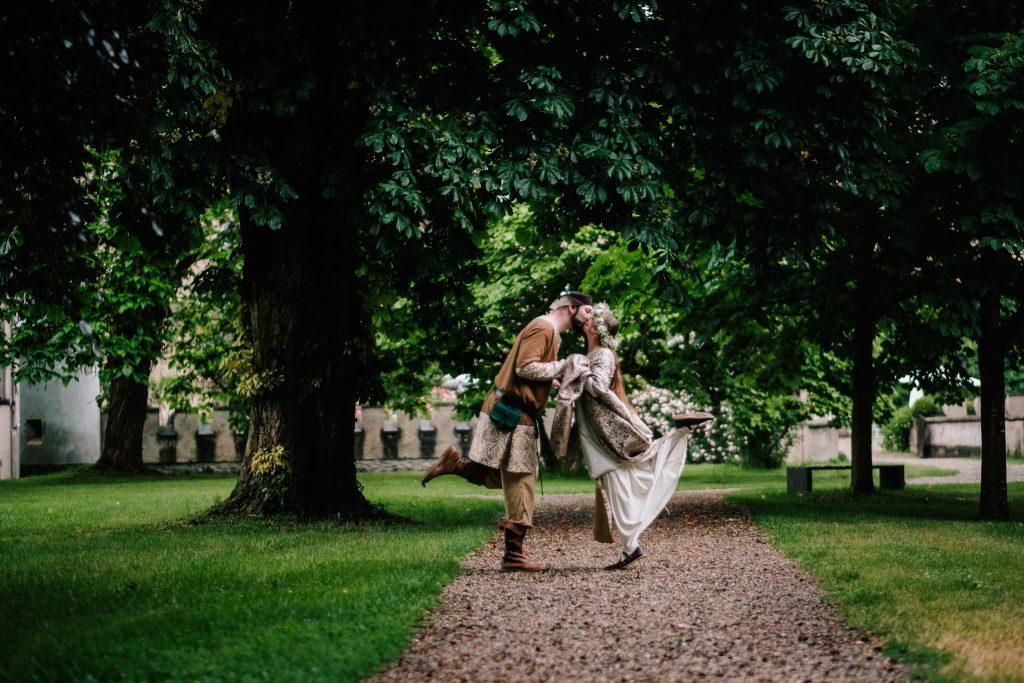 Hochzeit Auf Burg Namedy Authentic Stories